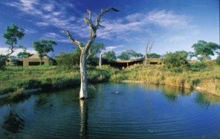 abi-Sabi-Earth-Lodge-View-from-Waterhole