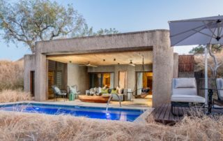 Sabi-Sabi-Earth-Lodge-Luxury-Suite-Exterior.