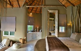 Clifftop-Exclusive-Safari-Hideaway-Suite