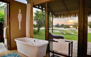 Chundu-Island-Bathroom-scaled