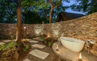 Sabi-Sabi-Selati-Camp-Luxury-Suite-OutdoorSabi-Sabi-Selati-Camp-Luxury-Suite