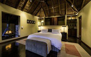 Tshwene-Honeymoon-Suite
