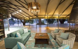 Chundu-Island-Lounge-Credit-Guy-Upfold-scaled.