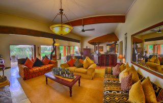 The-Bush-House-lounge