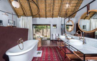 Sabi-Sabi-Selati-Camp-Ivory-Presidential-Suite-Bathroom