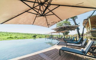 Mdluli-Safari-Lodge-WR-pool-day
