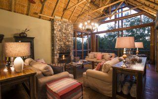 Thakadu-River-Lodge-Lounge