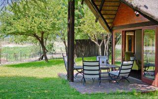 Tau-Game-Family-suite-patio