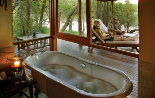 Imbali-Safari-Lodge-Suite-Bathroom