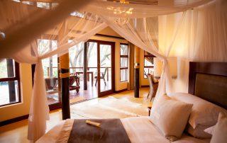 Amakhosi-Safari-Honeymoon-suite