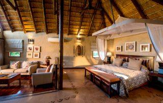 Lukimbi-Safari-Lodge-Bedroom