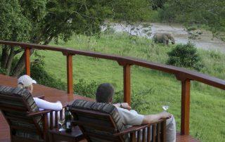 Amakhosi-Safari-viewing-deck