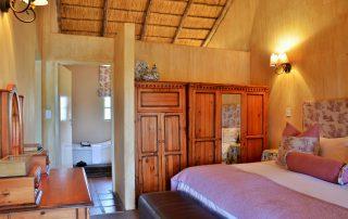 Askari-Chalet-bedroom