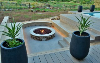 Bakubung-Villa-12_exterior-boma-fire-pit-