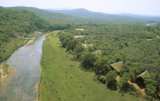 Amakhosi-Safari-River-front-suites