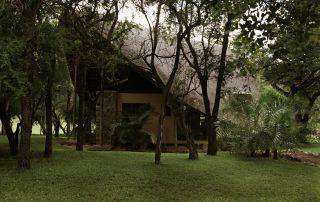 Amakhosi-Safari-Front-of-Suite
