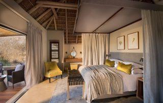 RockFig-Safari-Lodge_Bedroom-Interio