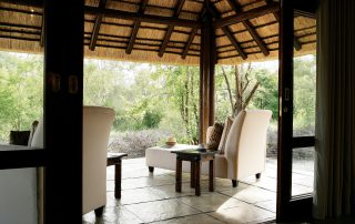 Arathusa-Bush-facing-verandah-of-a-Luxury-Suite