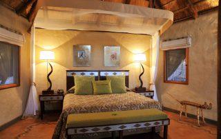 Lukimbi-Classic-Suite-Bedroom