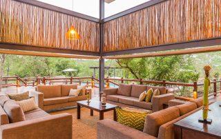 Makalali-Main-Lodge-Deck