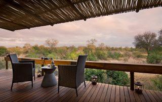 RockFig-Safari-Lodge_Bedroom-deck-