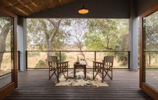 karongwe-Becks-Safari-Deck