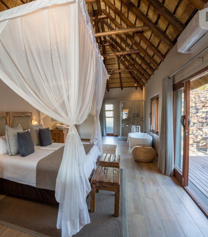 Arathusa-Safari-Lodge-bedroom-suite
