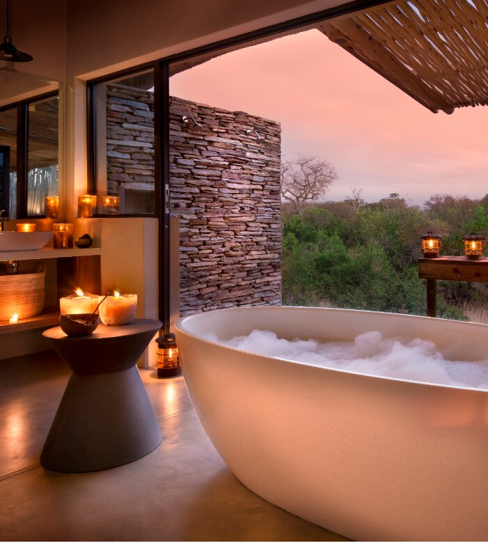 Rock-Fig-Safari-Lodge-Bathroom