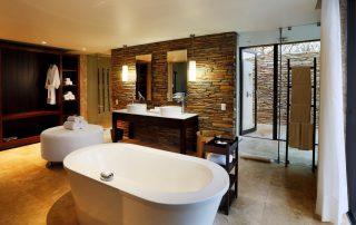 Southern-Camp-Villa-Bathroom