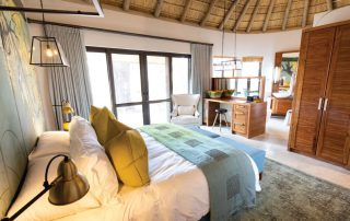 Camp-George-Simbavati-Bedroom-Suit