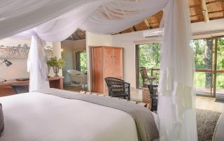 Karongwe River Luxury-river-facing-rooms