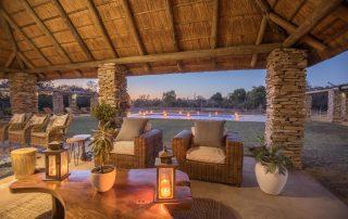 Karongwe-River-Lodge outdoor patior