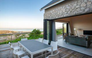 Shark-Bay-Villa-Deck