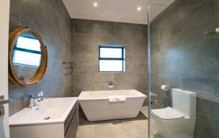 Shark-Bay-Bathroom