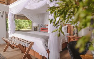 Karongwe River Luxury-rooms-River-Lodge