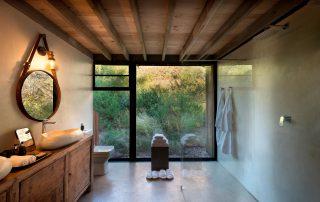 Marataba-South-Africa_Thabametsi-Treehouse_3_Bathroom