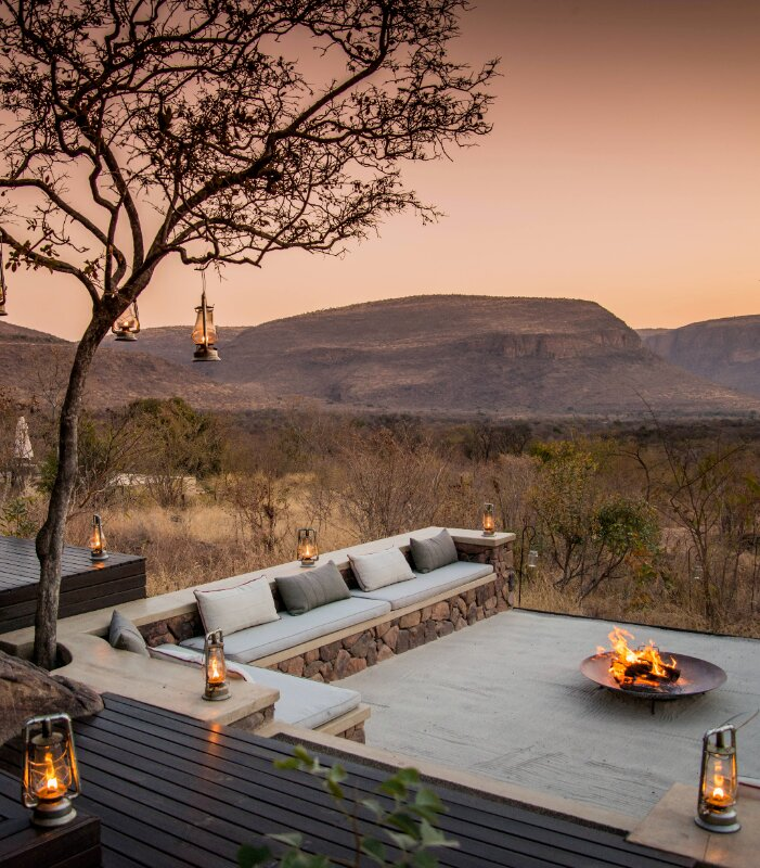 Marataba-Mountain-Lodge_-fire-pit-with-view
