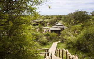 Simbavati-hilltop-lodge-Suite