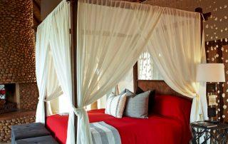 Thanda-Safari-Lodge-Bush-Villa-Bedroom
