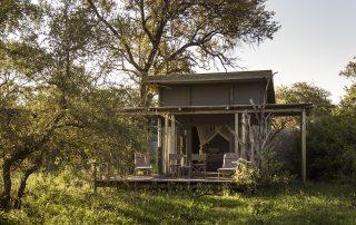 Simbvati-river-lodge-Luxury-Tented-Suite