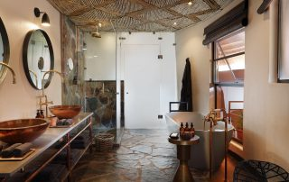 Mala-Mala-Suite-bathroom