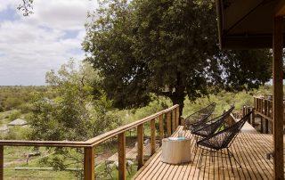 Simbavati-Hilltop-Lodge-Deck