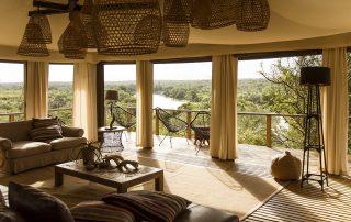 Simbavati-hilltop-lodge-Lounge