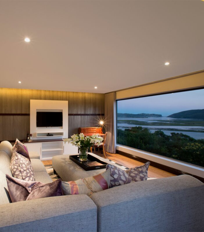 Kanonkop-House-Penthouse-Lounge-with-view