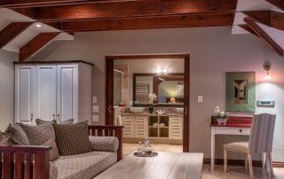Olivers-Luxury-Loft-Room-Bathroom-09