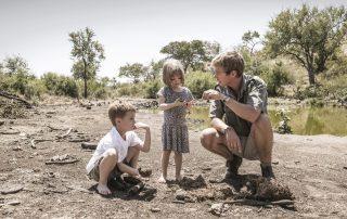 Tuningi-Safari-Lodge-Xscape4u-Kids-learning-from-our-guides-Madikwe-Game-Reserv