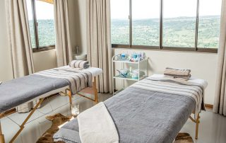 Umzolozolo-Xscape4u-Spa-room-nambiti-Game-Reserve