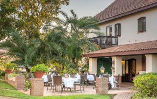 olivers-garden-veranda