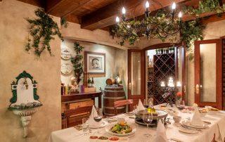 Olivers-Wine-Cellar-