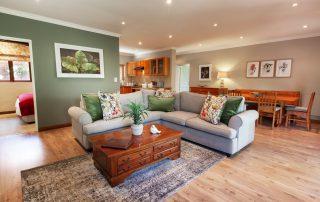 Olivers-Luxury-Family-House-Lounge